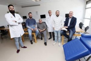 Pablo Belmonte, Newmanbrain CEO, with his team and the fNIR BrainSpy device 28